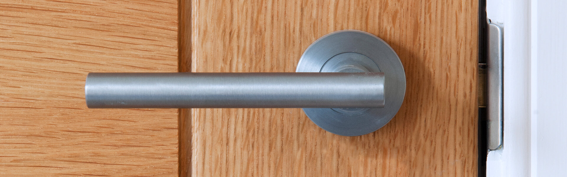 Photo of a door handle
